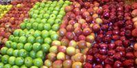 Свежие яблоки фермы