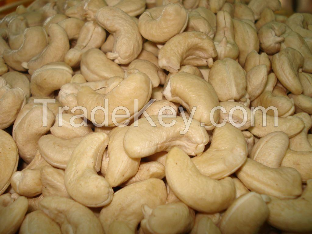 Best Price Cashew Nuts Kernels W240, W320, W450 in Vietnam