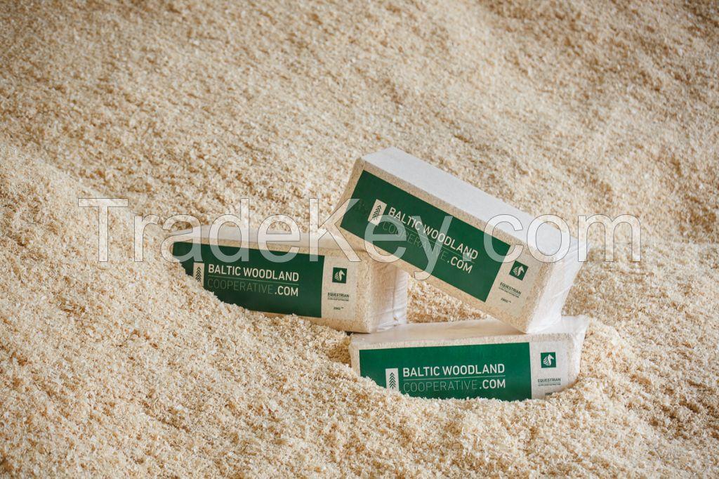 Ultra de dusted wood shavings horse bedding