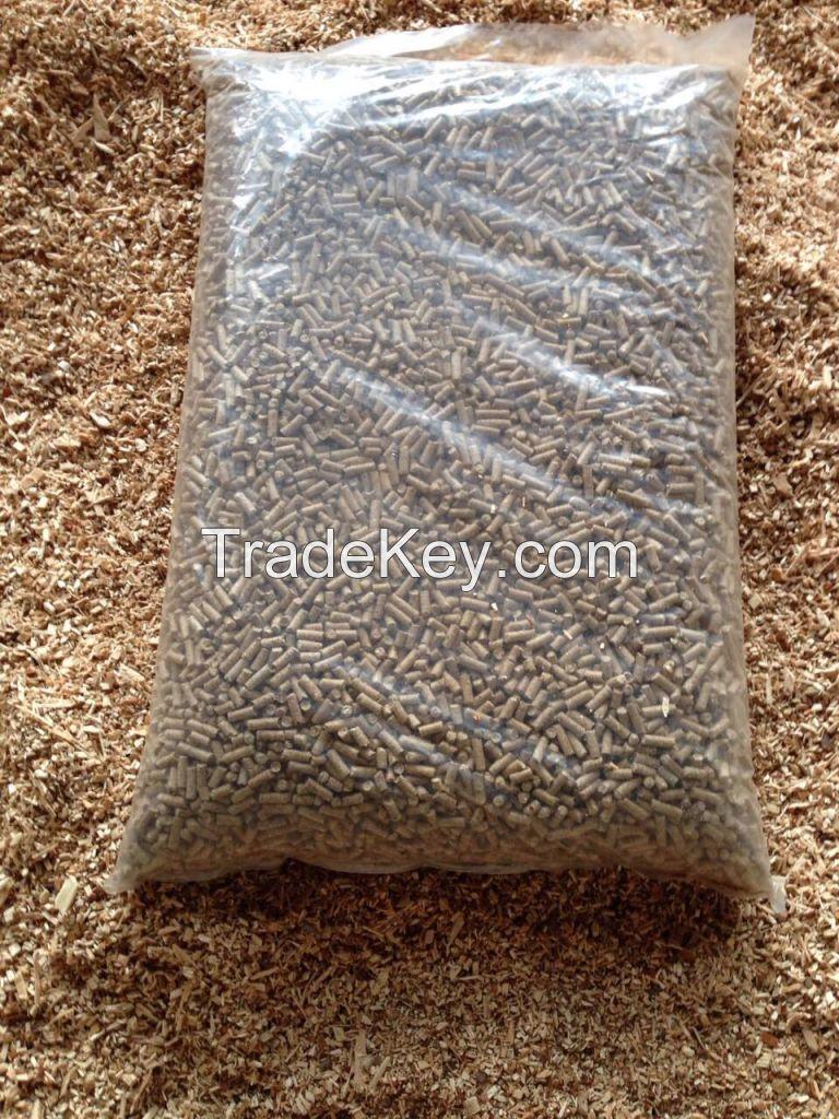wood pellets from pine tree