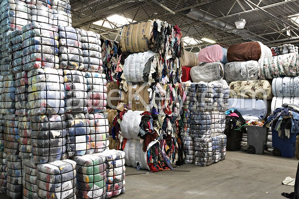 wholesale used clothing and used clothes in bales