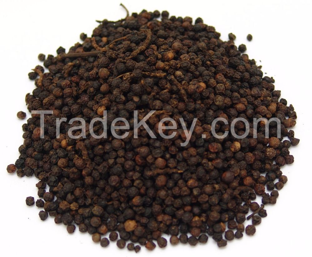 Dried Whole Nutmegs