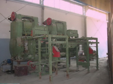 roof tile presses