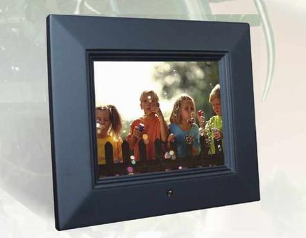 "8"" Sungale Digital Photo Frame"
