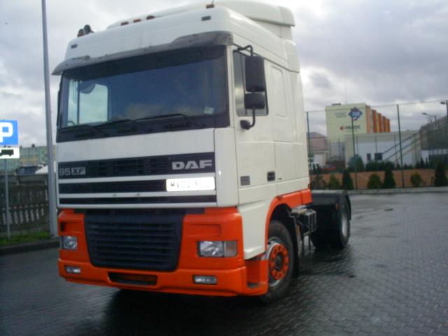 Truck DAF 95XF 430