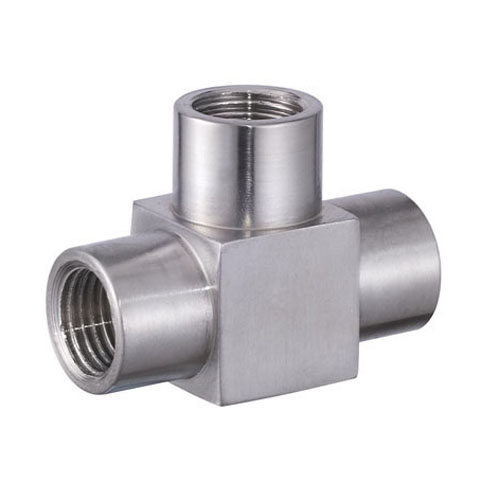 Precision pipe fitting socket fit weld tee by