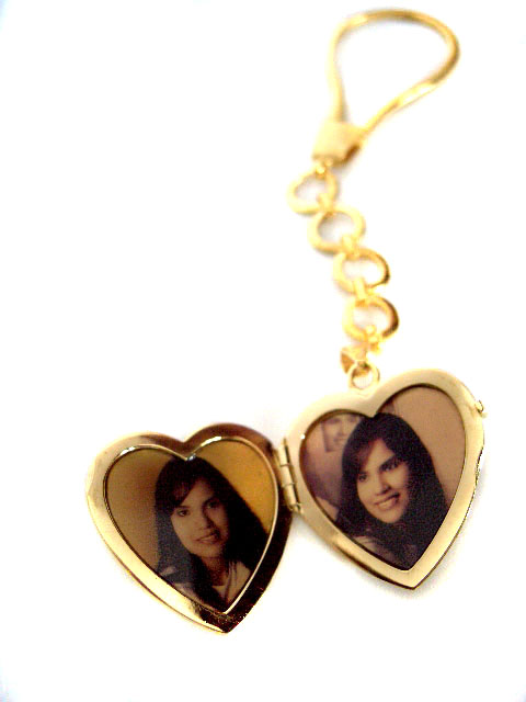 photo jewelry on gold pendant and locket