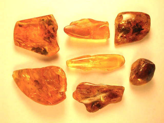 Amber unfinished products and amber jewelry, amber cabochons amber jew