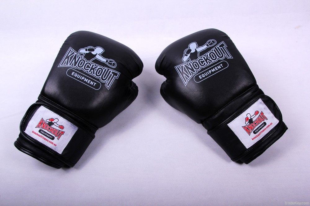 leather or pu professional boxing sprots gloves for both men and women