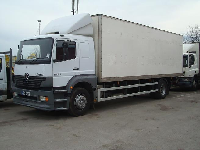 Used mercedes benz box truck straight truck cargo truck for Mercedes benz cargo box