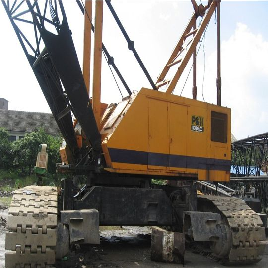 The Hydraulic Crane Is Used To Lift The 1400 : Ton kobelco crawler crane used hydraulic