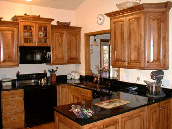 Kitchen Cabinets | Wood Cabinets | Bathroom Cabinets | Countertops