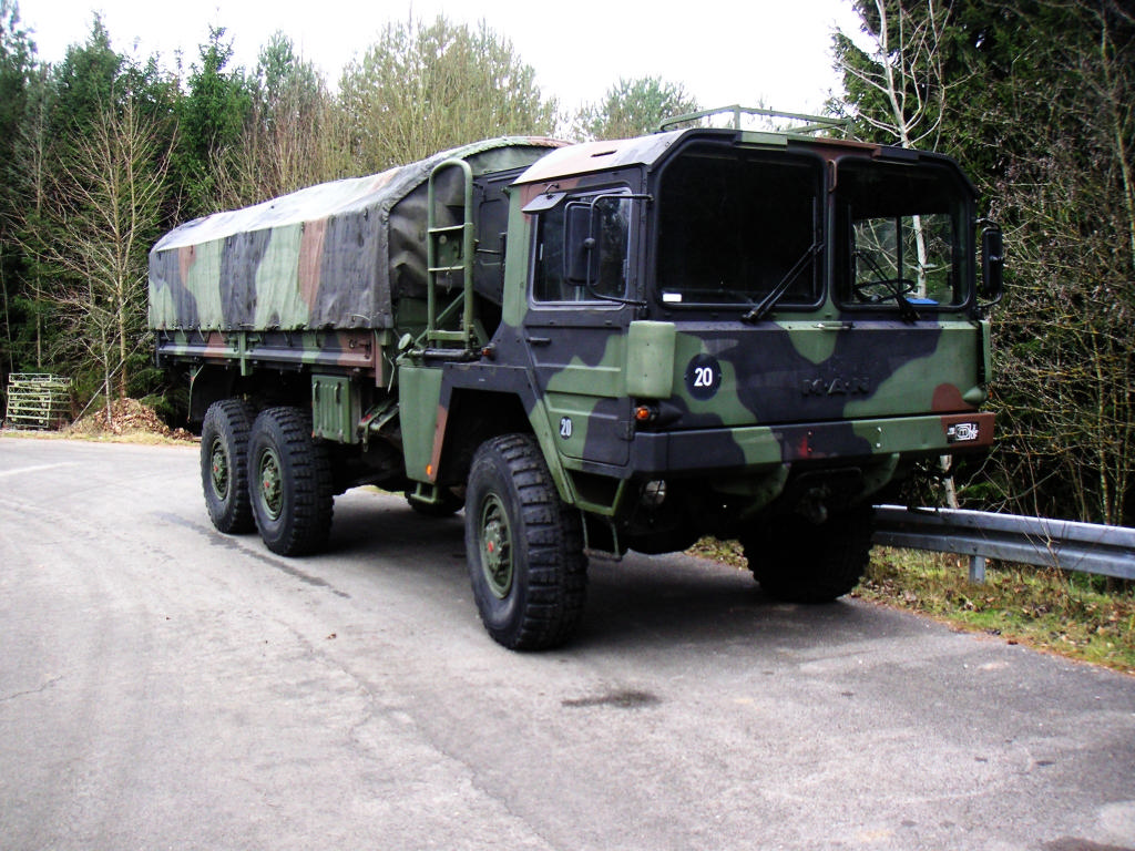 man kat1 6x6 military army truck by aigner gmbh germany. Black Bedroom Furniture Sets. Home Design Ideas