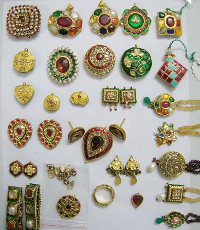 Rajmani Jewellers-Manufacuteres and Wholesalers of 1 Gram Gold