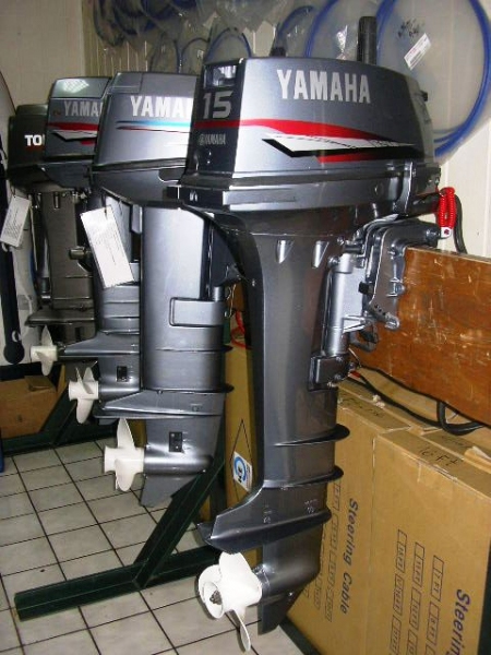 Diesel inboard vs gas autos post for Yamaha diesel outboard