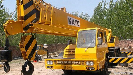 Used kato 25t truck crane used truck crane tadano gt550e for Motors used in cranes