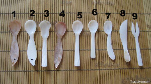 seashell spoon