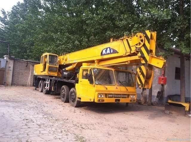 Second hand crane kato nk400e crane used cat motor grader for Motors used in cranes