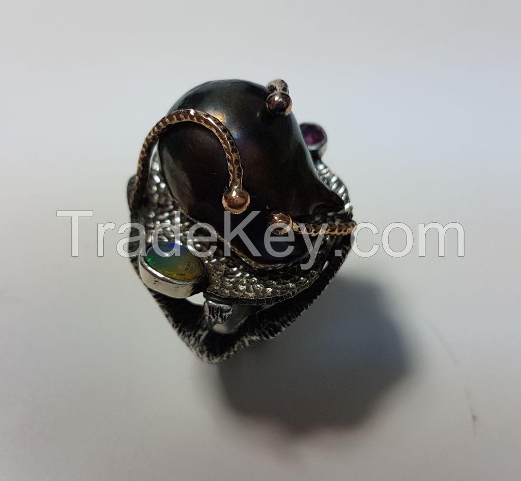 handmade baroque pearl ring