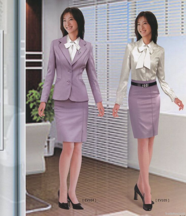 Professional women's suit, ladies dress suit, business suit of cul
