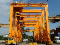 Gantry Crane  Break Bulk Shipping