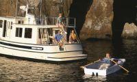 Twin-vee Fiberglass Boat