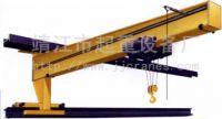 wall slewing crane