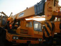yellow secondhand TADANO truck crane TG-300E-3
