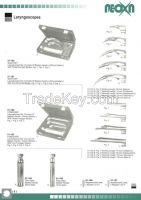 Laryngoscope, laryngoscope blade, laryngoscope set