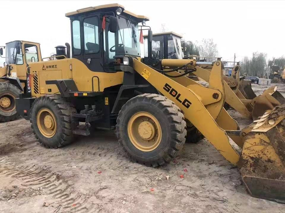 used loader for 2017 year SDLG933L