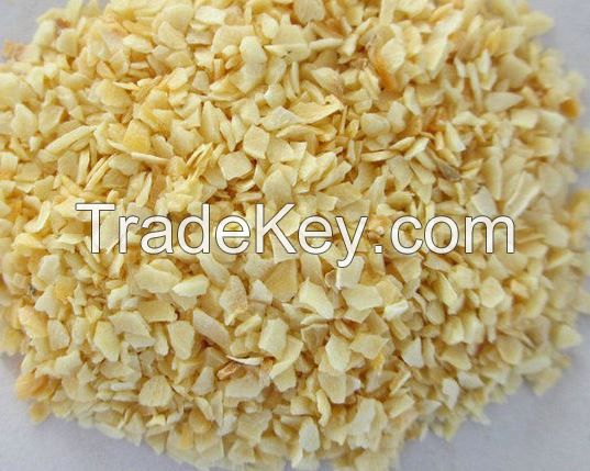 Dried garlic granules