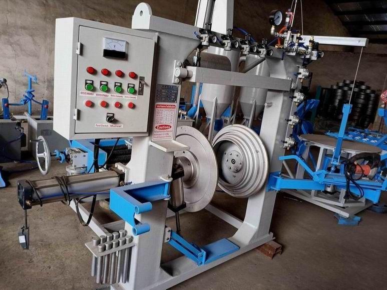 truck tire retreading machine and retreading factory