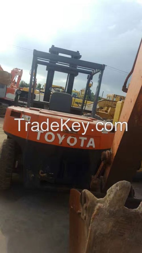 Sell Used TOYOTA Forklift 7T FD70 Good Quality
