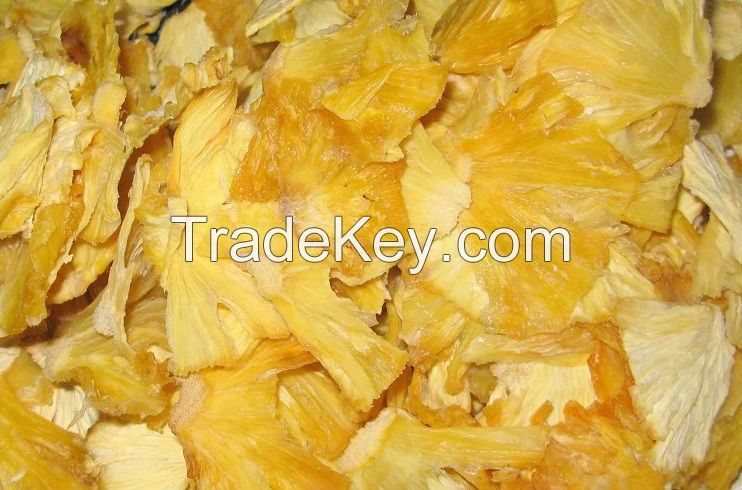 Dried pineapples