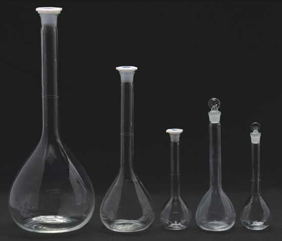 WB-3101 Lab glassware borosilicate 3.3 glass volumetric flask  China manufacturer Labware supplies