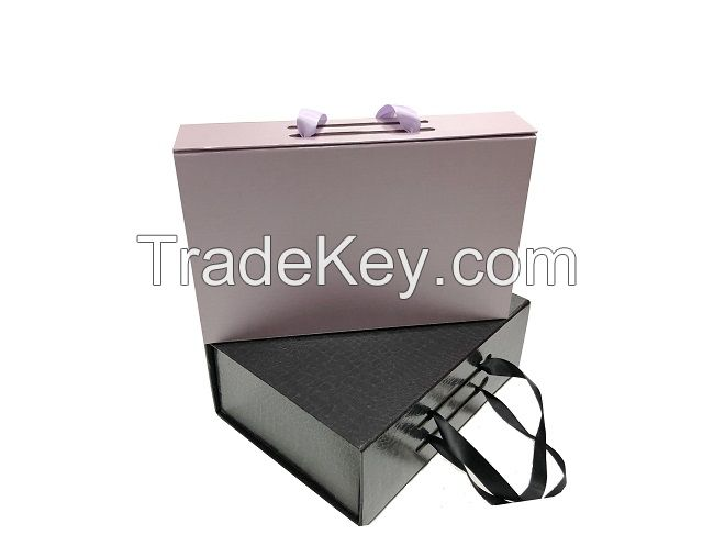 Design foldable magnetic gift box with ribbon