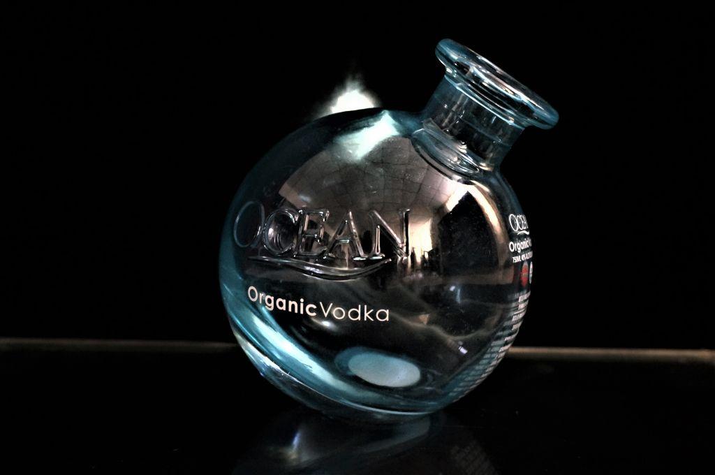 Ocean Organic Vodka Glass Bottle