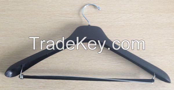 Selling suit hangers, Coat hangers, Top hangers, Hotel Hangers, Pajamas Hangers, Laundry Hangers