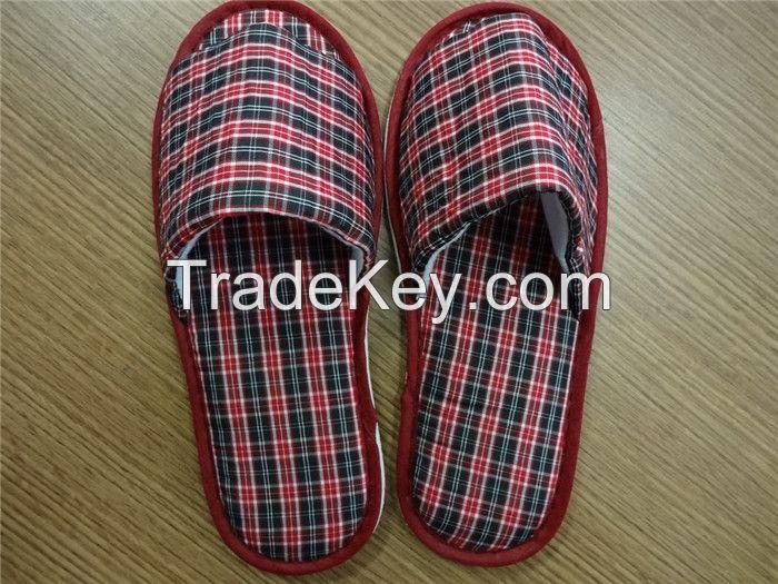 Women indoor slippers, close toes, stripe