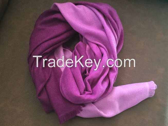 shaded woolen Stole