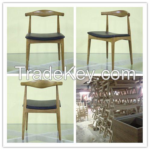 Hans Wegner Saal Dining Chair
