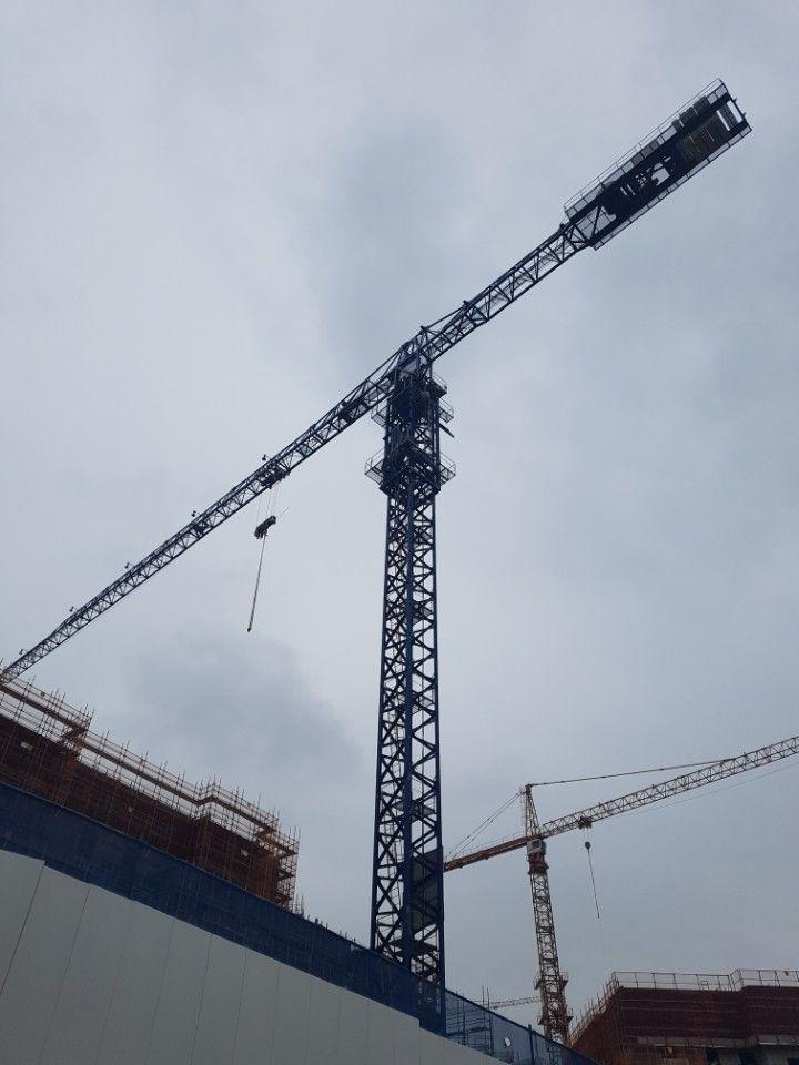 Spain COMANSA 21LC400 (18ton) Topless Tower Crane Sale.