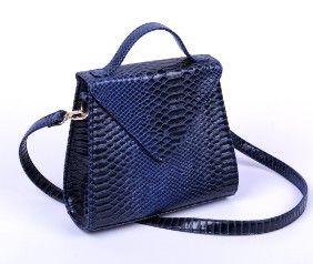 women luxury leather handbag