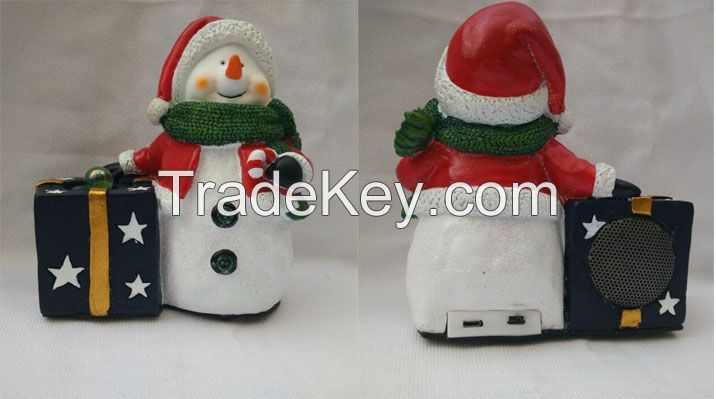 Novelty Polyresin Bluetooth speaker, with a snow man and a gift box designs, besr promotion gifts