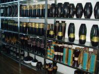 Sell Native Artistic Vases & artworks for inner furnishings