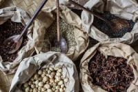 Quality White Pepper and black Pepper Supply