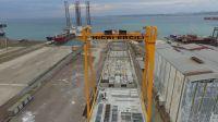 gantry crane / grue portique