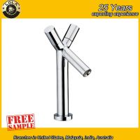 Dual Handles Standing Bathtub Shower Faucet With Shower Head