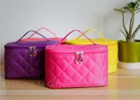 Large  Capacity Polyester Cosmetic Bags with Mirror Makeup Bags
