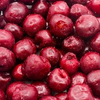 IQF whole sweet black cherries (without stones)